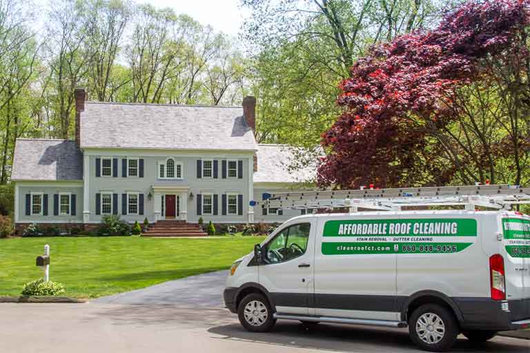 Affordable Roof Cleaning - Connecticut